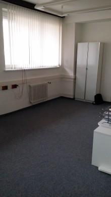 Sdílená kancelář nedaleko metra C Budějovická